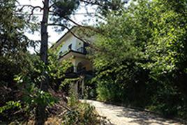 Salsomaggiore Terme, con accesso da Via Marzabotto