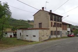 Strada Provinciale 198, civico 184, ed in Comune di Lirio (PV), Strada Provinciale 198 snc