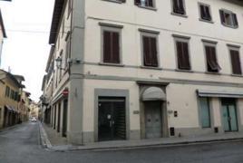 Via Cesare Guasti  43-45