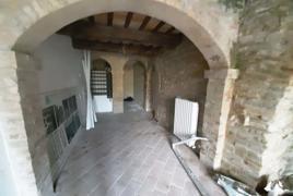 Largo Cosimi 9