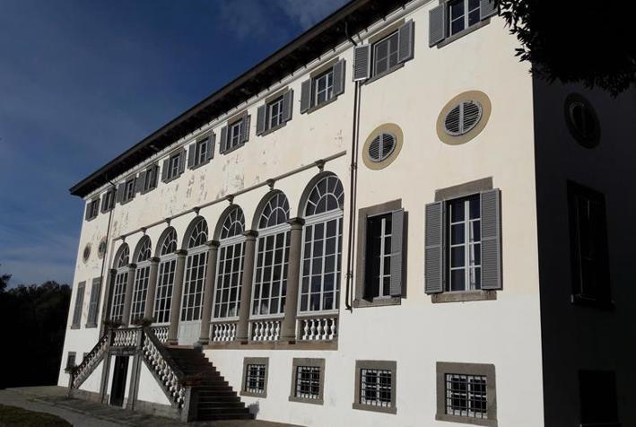 Dettaglio immagine Via di Matraia Fraz. Matraia quartiere Villa Guinigi, Capannori (LU)