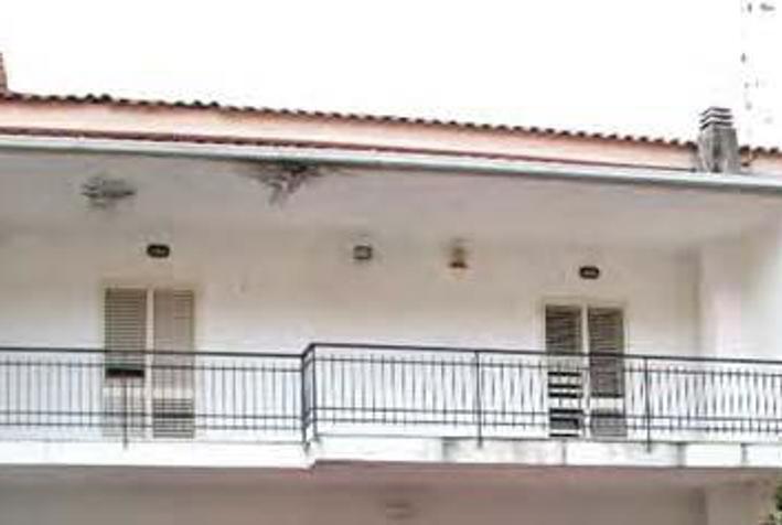"""Dettaglio immagine Via di Vigna Brigida n.18/B, """"Cooperativa Dell'Ulivo"""", frazione Tuoro, Caserta (CE)"""