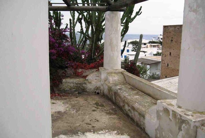 Dettaglio immagine Localita' Isola di Panarea - Contrada San Pietro , Lipari (ME)