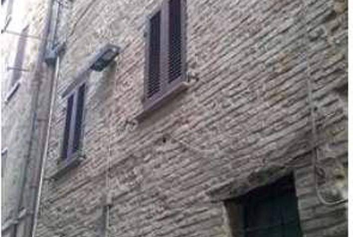 Dettaglio immagine Via Piccolopassi 2, Urbania (PU)